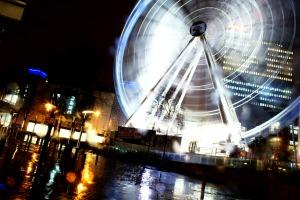 Manchester Big Wheel Light Night Photography City Centre Arndale Rain